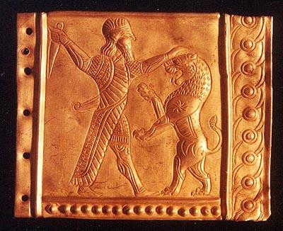نكته هايي از تاريخ ايران باستان و باستانيان Achaemenid_Golden_DecorPiece_RezaAbbas5