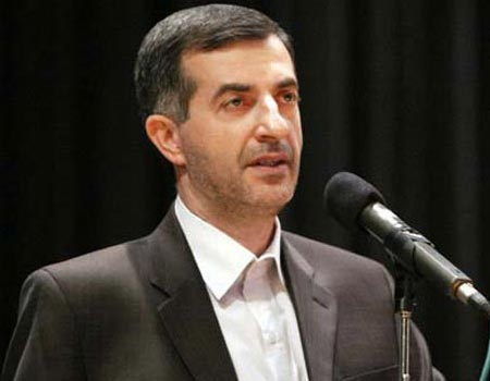 Esfandiar Rahim Mashaei, right-hand man of President Ahmadinejad, the other excluded candiate